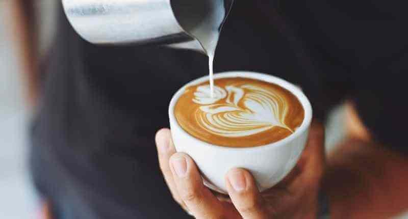 Beber buen café