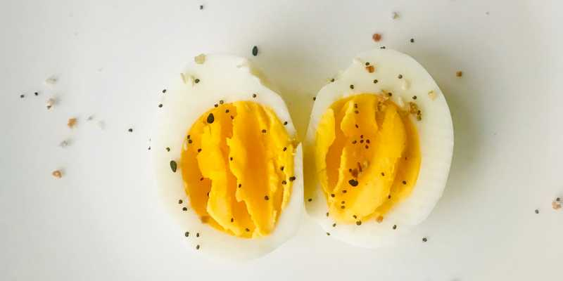 eggs-rich-in-glycine-as-a-natural-sleep-aid